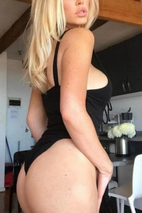 Macedonian escort Angelique (Brisbane)
